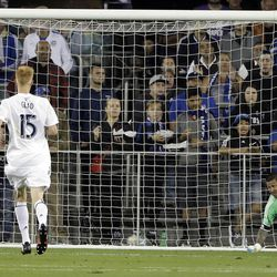 Real Salt Lake goalkeeper Nick Rimando, right, is beaten for a goal on a shot from San Jose Earthquakes forward Marco Urena, not see, during the second half of an MLS soccer match Saturday, June 24, 2017, in San Jose, Calif. (AP Photo/Marcio Jose Sanchez)