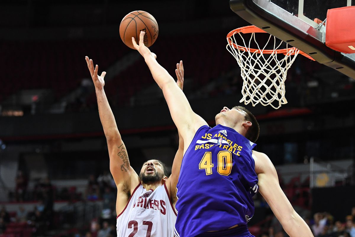 Lakers Training Camp Ivica Zubac Lost So Much Body Fat Luke Walton Has A New Nickname For Him Silver Screen And Roll