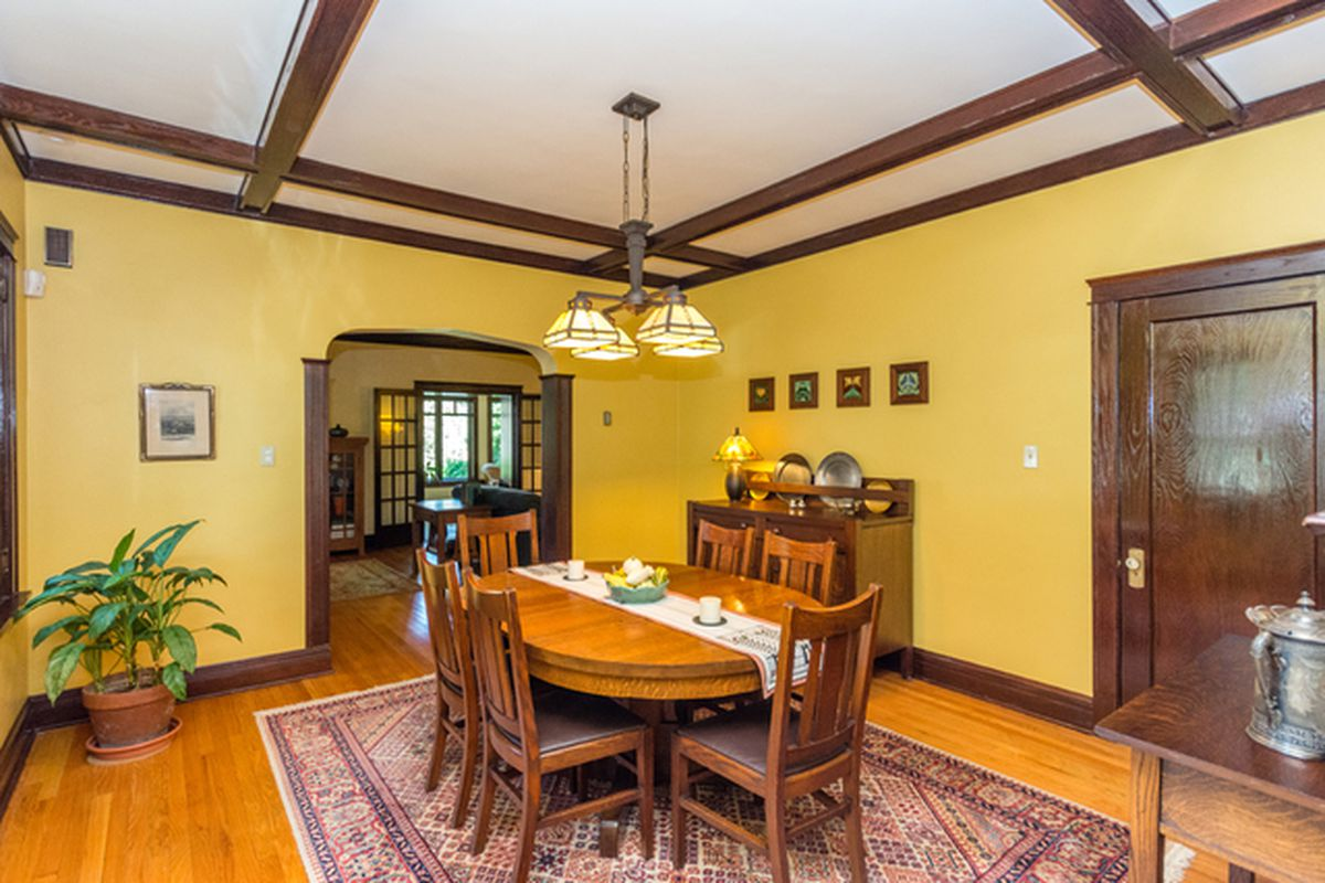 Updated arts crafts bungalow lists in chicagos west ridge photos by coldwell banker residential dzzzfo