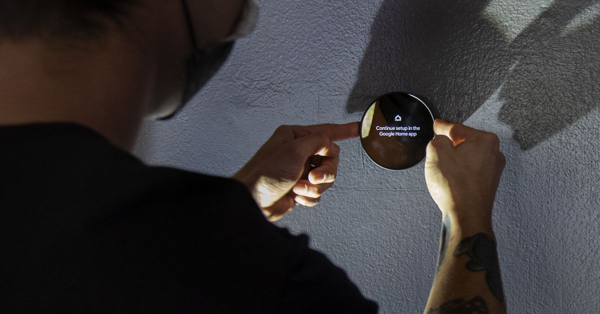 Texas heat wave overloads power grid, causing companies to adjust thermostats remotely