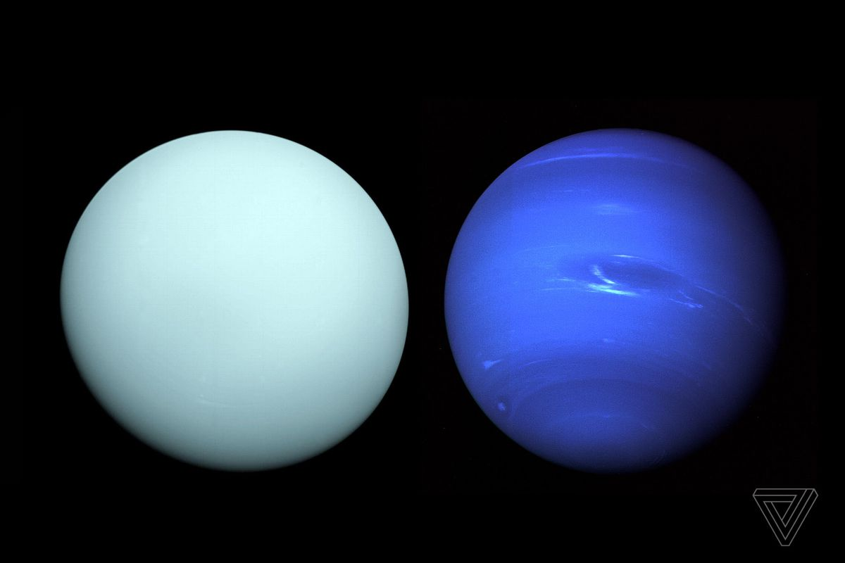 what spacecraft visited neptune - photo #18