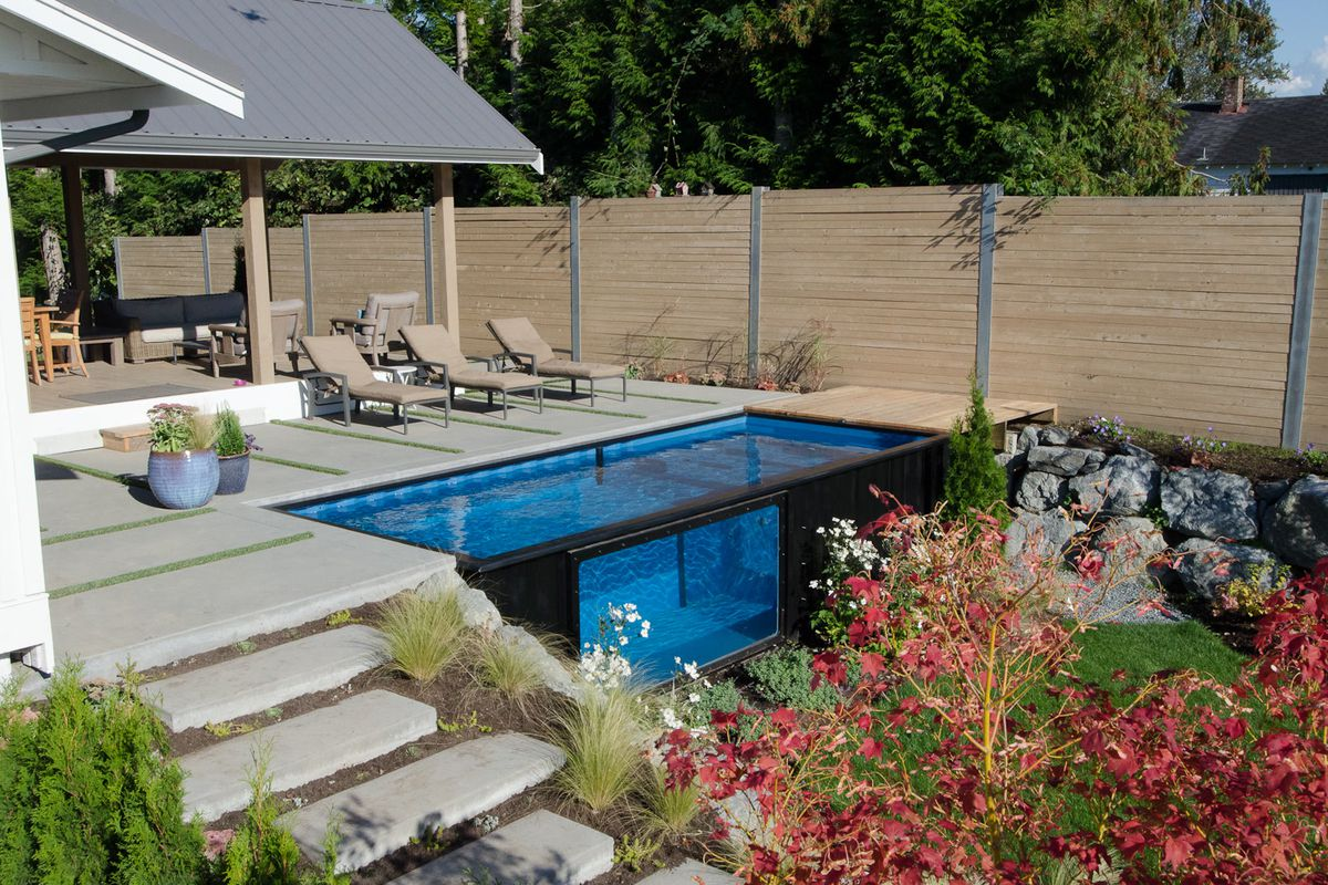 Shipping container pool sets up in minutes curbed for Piscina container