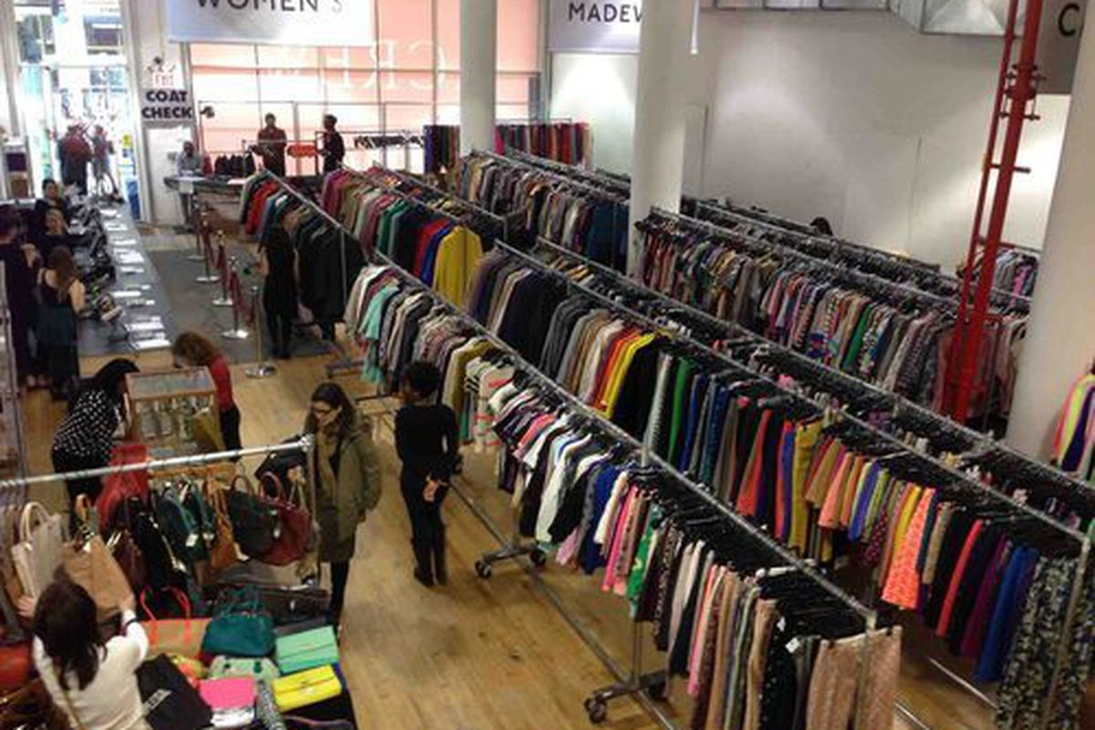 """Inside <a href=""""http://ny.racked.com/archives/2013/12/02/j_crew_womens_and_kids_sample_sale.php"""">last fall's</a> sample sale"""