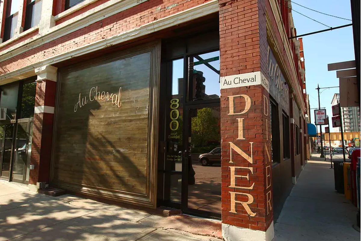 Au Cheval in Chicago