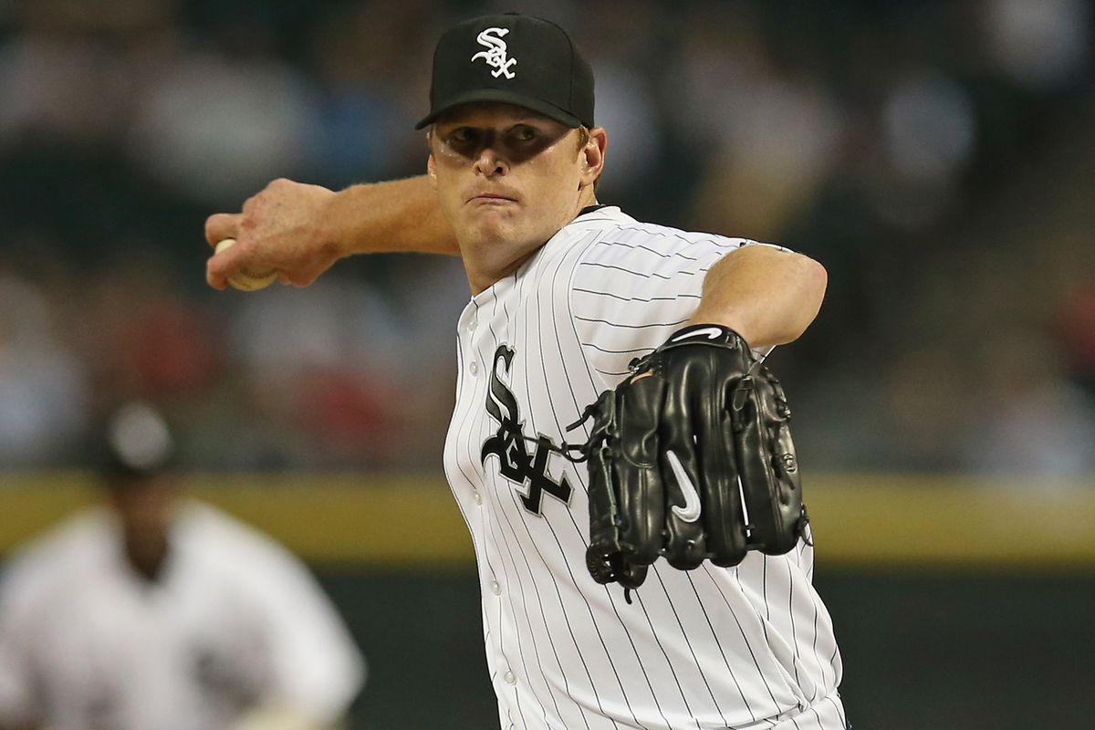 CHICAGO, IL - SEPTEMBER 12:  Starting pitcher Gavin Floyd #34 of the Chicago White Sox delivers the ball against the Detroit Tigers at U.S. Cellular Field on September 12, 2012 in Chicago, Illinois.  (Photo by Jonathan Daniel/Getty Images)