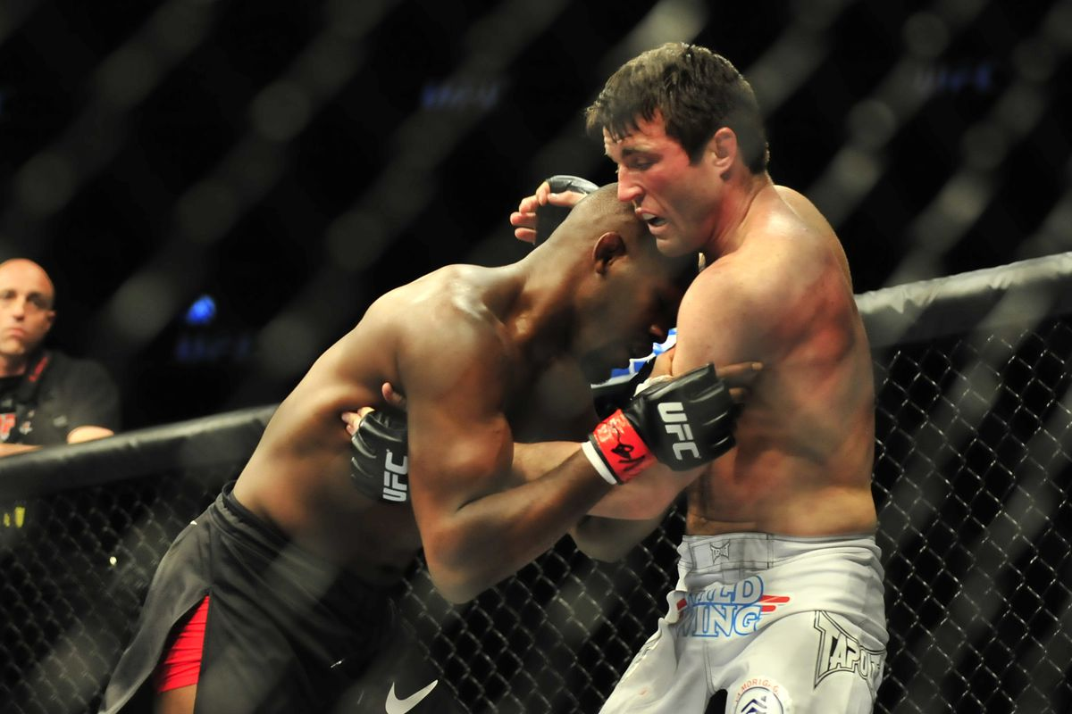 Midnight Mania! Chael Sonnen says Jon Jones is running out of time, the two trade insults