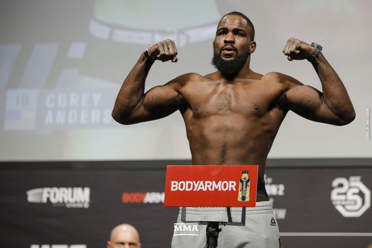UFC 232 results: Corey Anderson rallies for decision win over Ilir ...