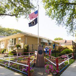 A war memorial in a Bridgeport front yard   Tyler LaRiviere/Sun-Times