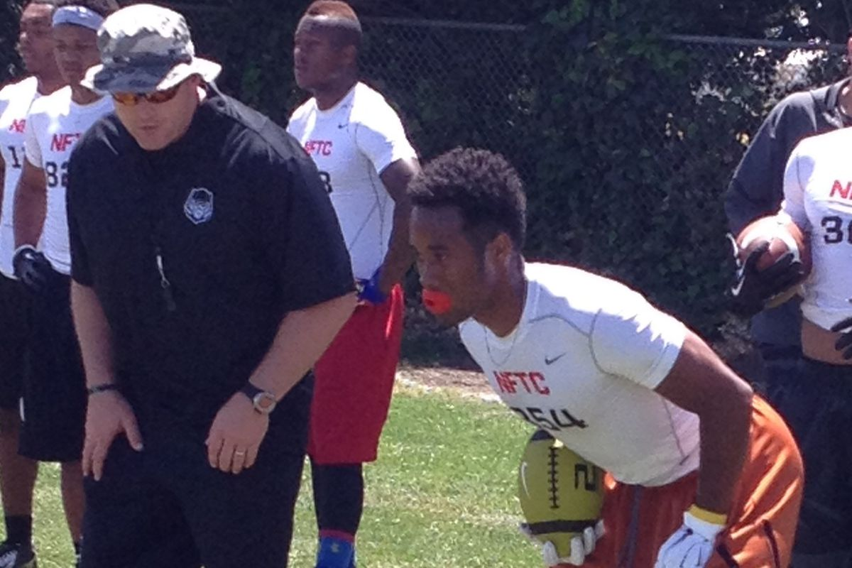 Kirk Johnson set to go through a drill on Sunday at the Oakland NFTC