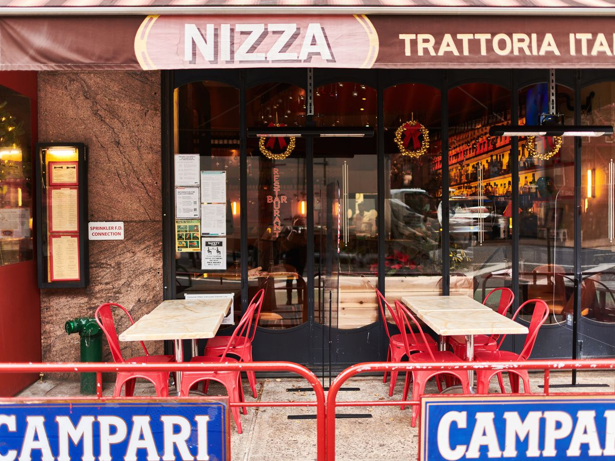 The exterior of Hell's Kitchen Italian restaurant Nizza