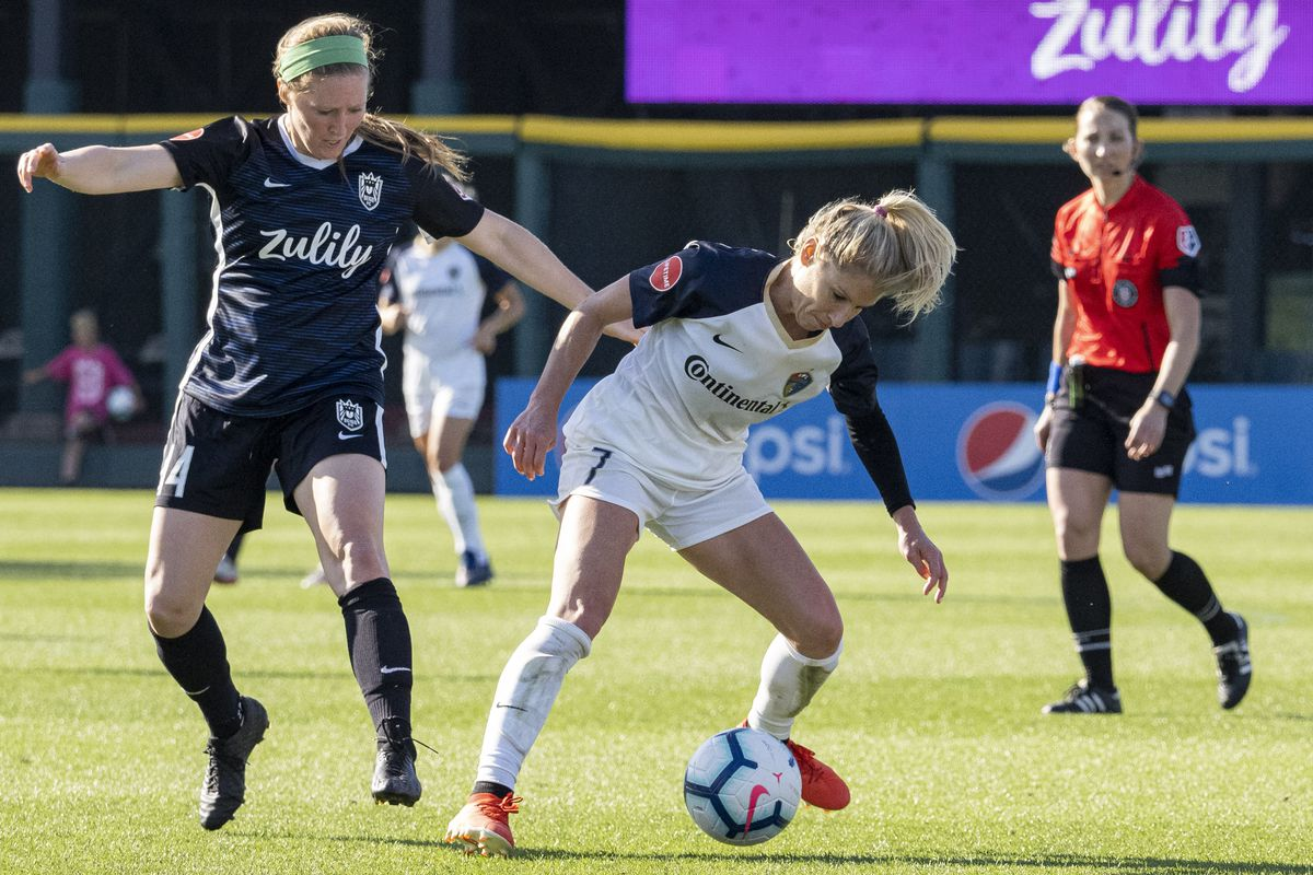 SOCCER: MAY 27 NWSL - NC Courage at Reign FC