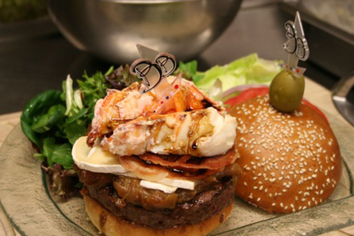 Le Burger Brasserie's $777 Burger