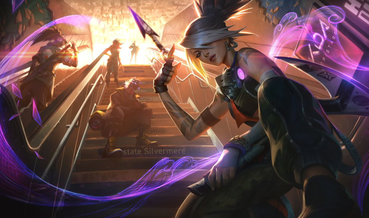 True Damage Akali swings a knife around her finger while standing in front of the rest of the group