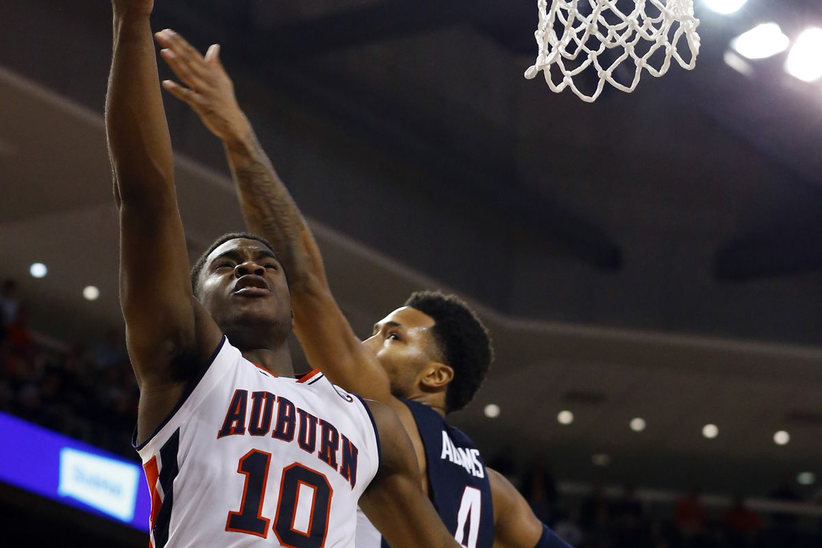 The official Mens Basketball page for the Auburn University Tigers
