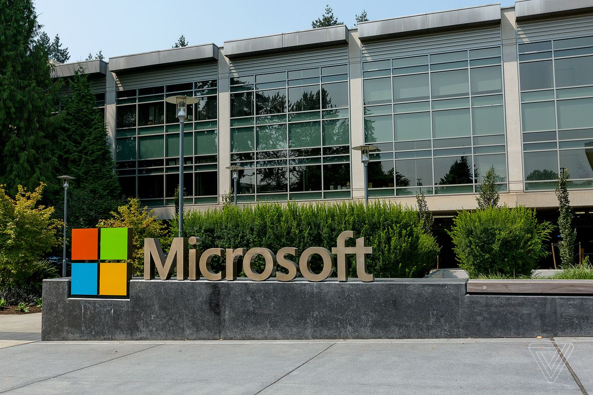 Microsoft beats expectations as cloud computing service strengthens