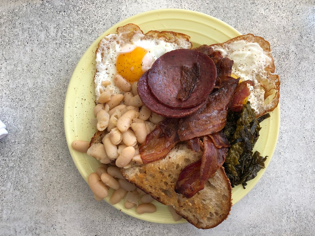 The breakfast plate at Gertie