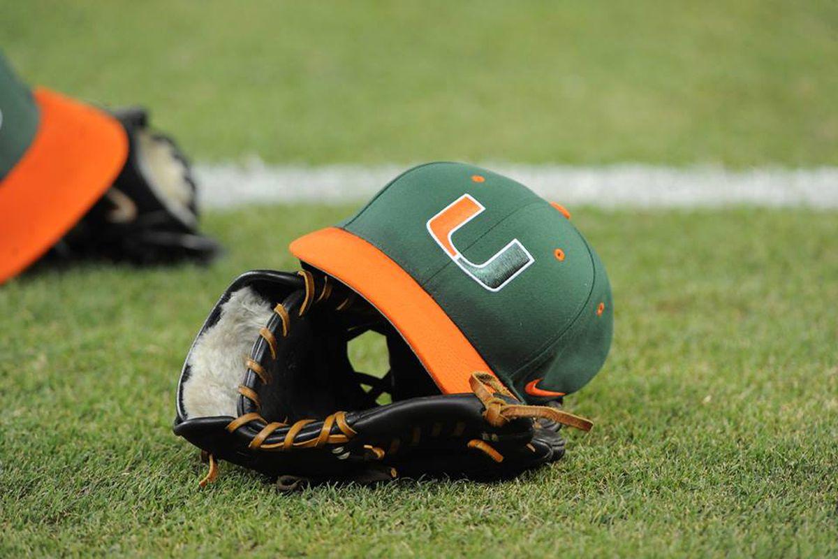 hat-glove