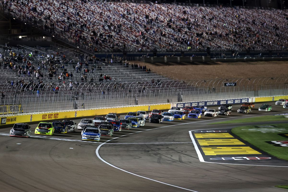 A general view of the start of the NASCAR Camping World Truck Series Bucked Up 200 at The Bullring at Las Vegas Motor Speedway on March 05, 2021 in Las Vegas, Nevada.