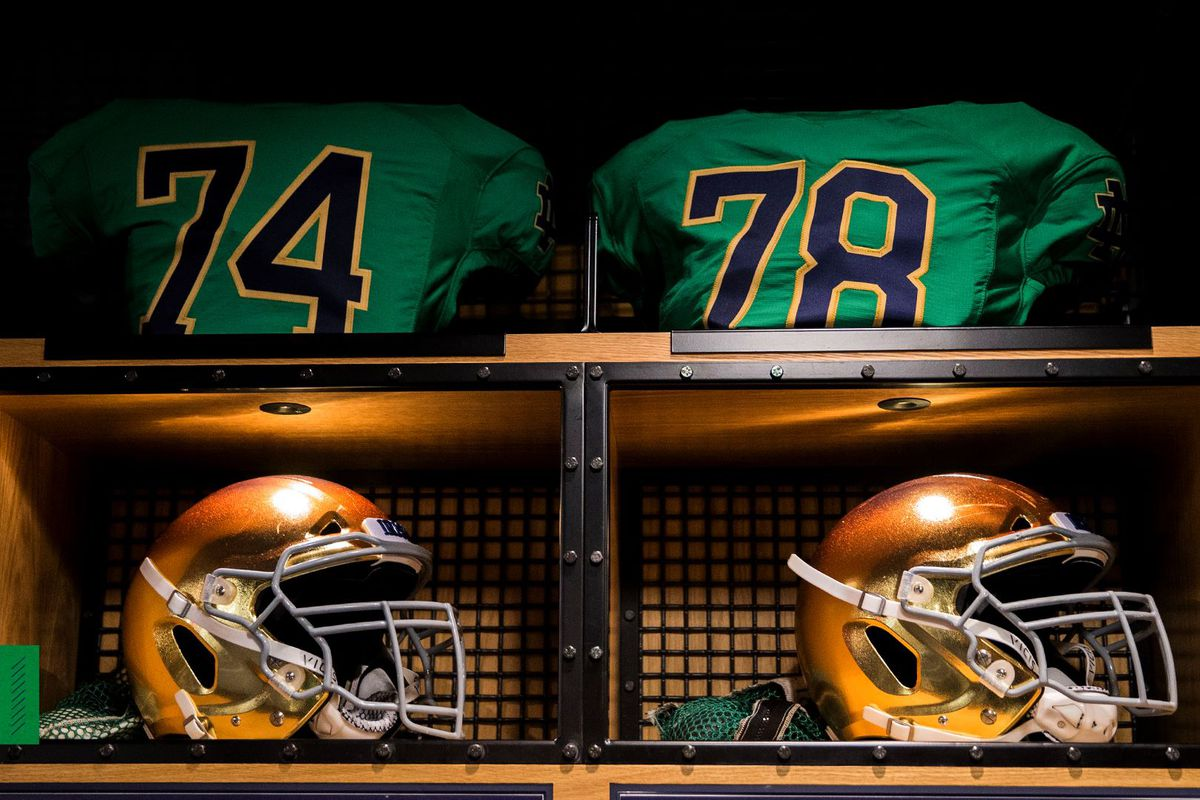 new product 2da96 01817 Notre Dame Football: The Irish Will Wear Green Jerseys For ...