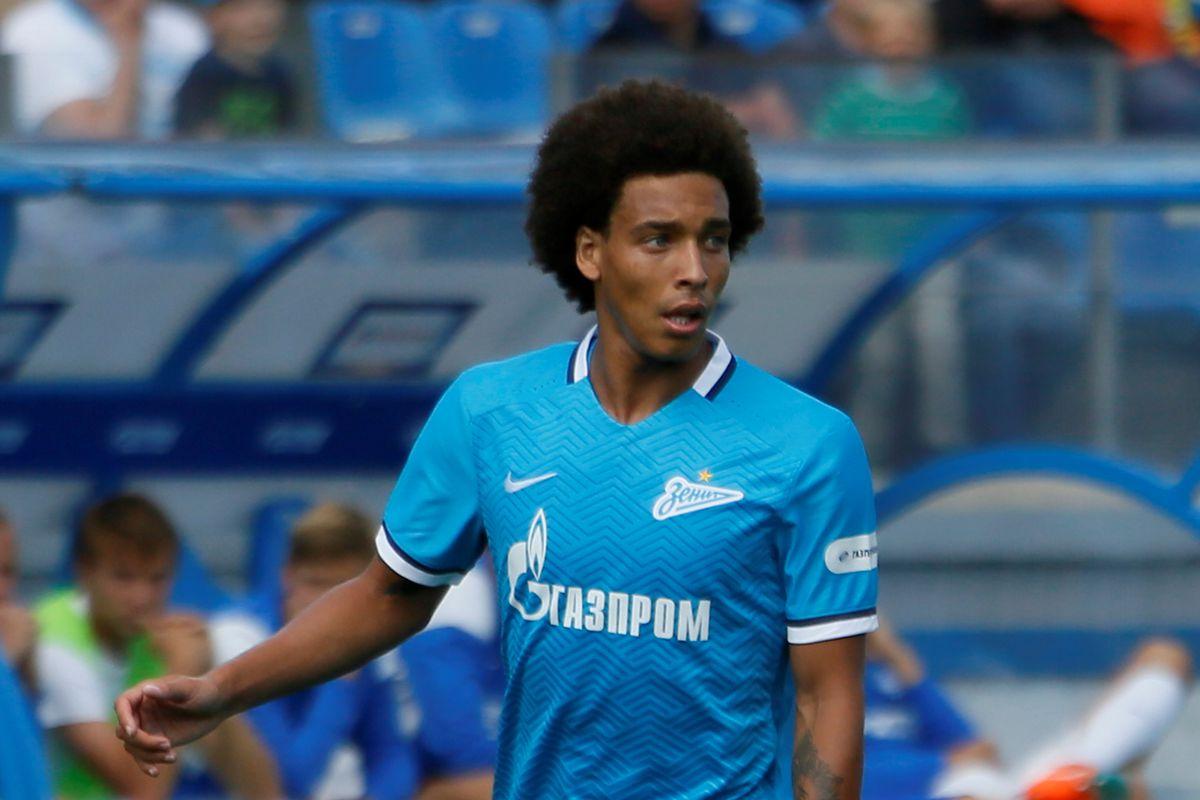 Zenit St Petersburg v Dinamo Moscow - Russian Premier League