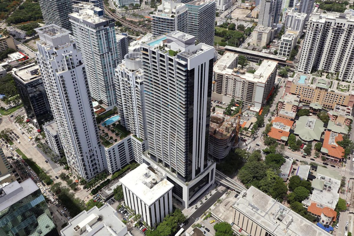 1010 brickell receives tco closings to begin shortly for 13th floor investments