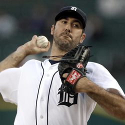 Detroit Tigers starting pitcher Justin Verlander throws against the Kansas City Royals in the first inning of a baseball game in Detroit, Monday, Sept. 24, 2012.