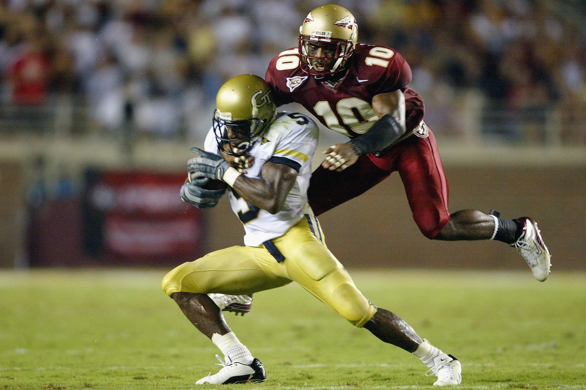 Stanford Samuels jumps to tackle Nate Curry