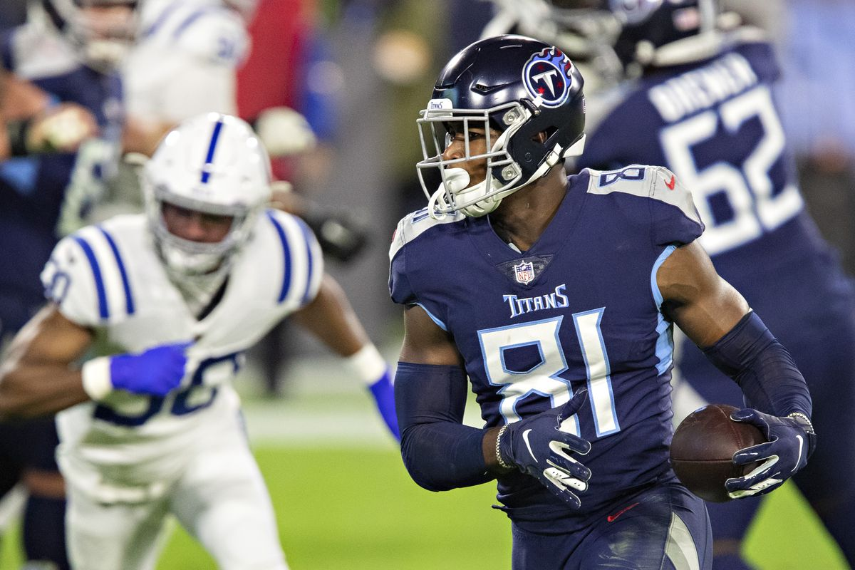 Jonnu Smith #81 of the Tennessee Titans runs the ball during a game against the Indianapolis Colts at Nissan Stadium on November 12, 2020 in Nashville, Tennessee. The Colts defeated the Titans 34-17.