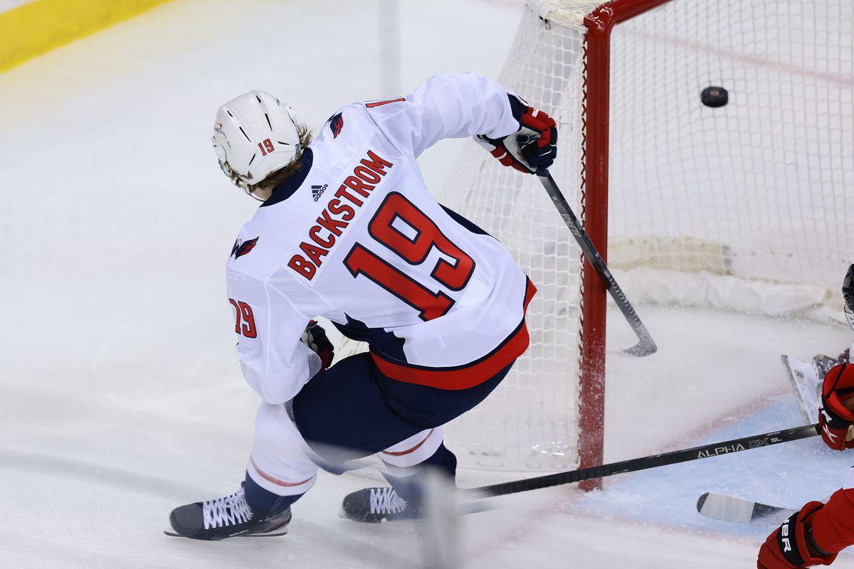 NHL: Washington Capitals at New Jersey Devils