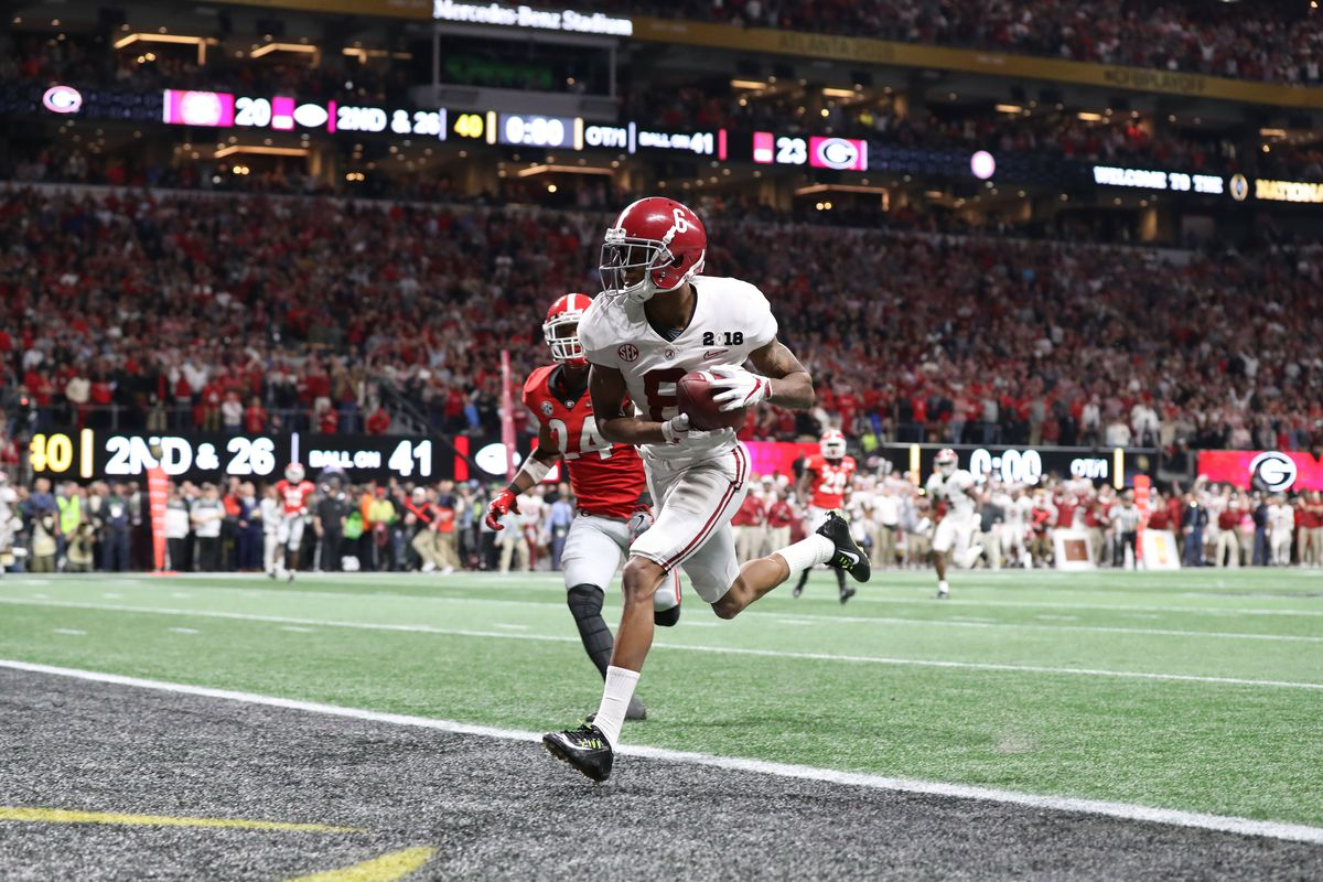 "<p zoompage-fontsize=""15"" style="""">NCAA Football: CFP National Championship Game-Alabama vs Georgia"