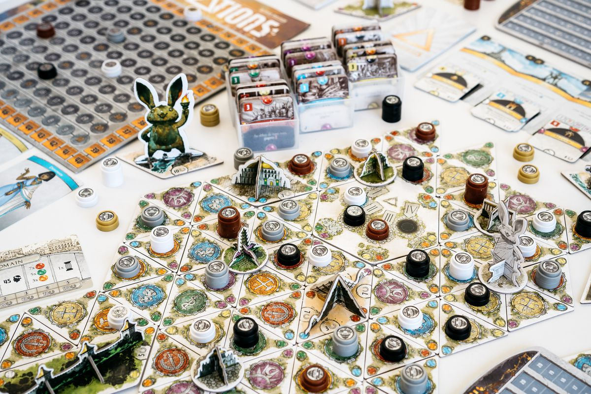 A selection of 3D items on a game board created using triangles.