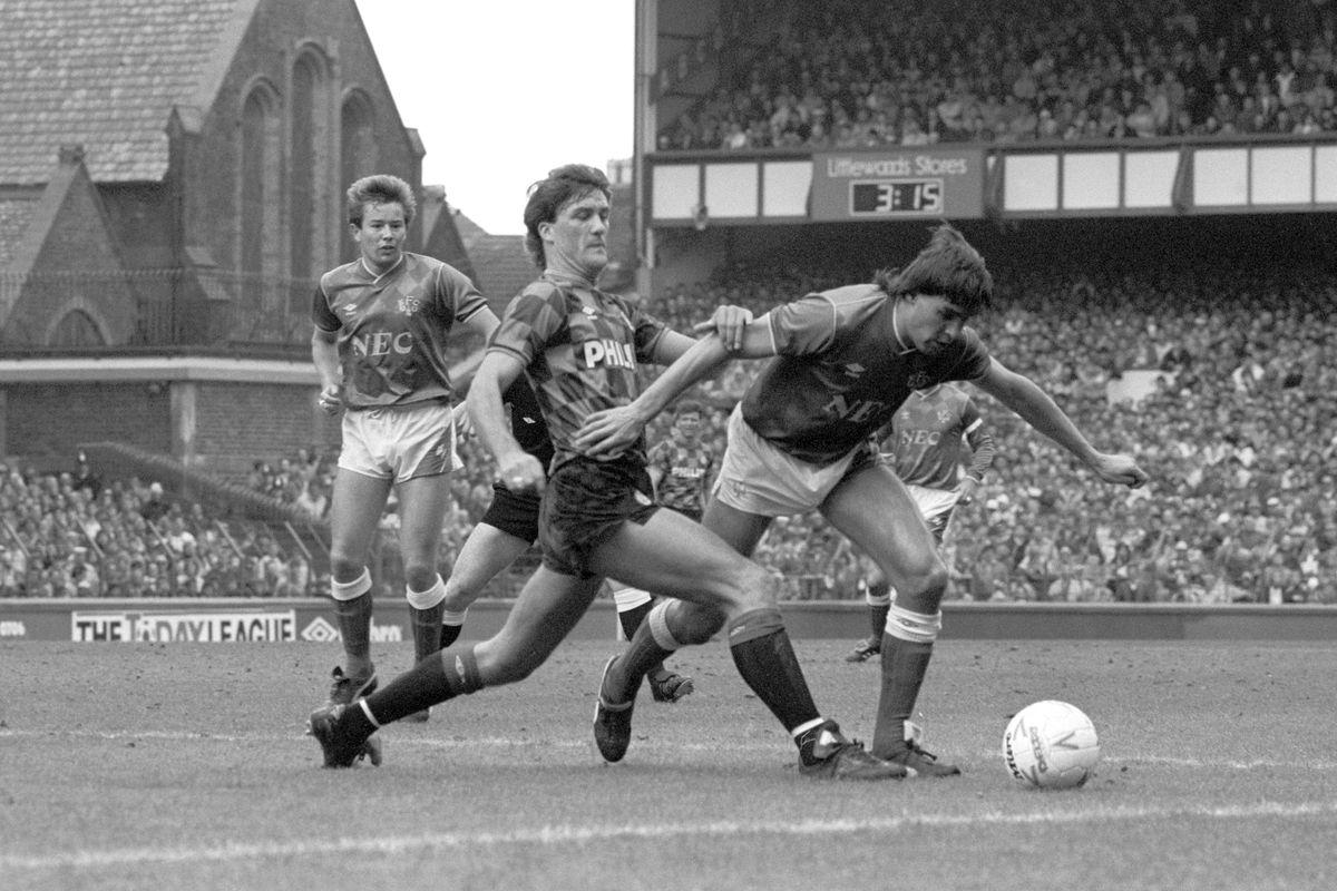 Soccer - League Division One - Everton v Manchester City - Goodison Park