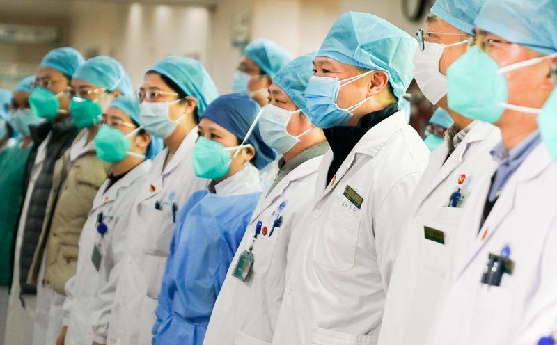 coronavirus china nurse with mask ile ilgili görsel sonucu