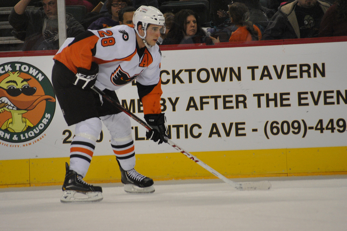 Brandon Manning gets ready for a faceoff.