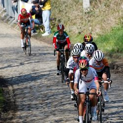 Armitstead came in as the big favorite and took charge of the chase.
