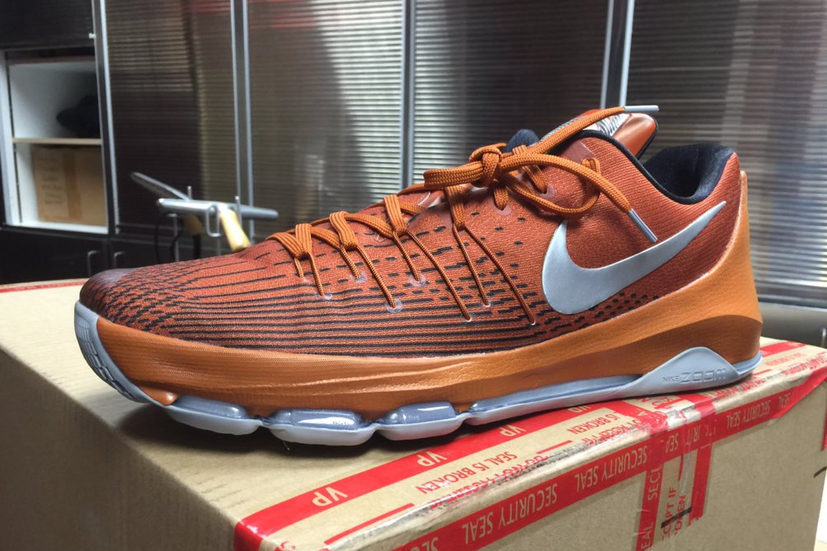 Texas Longhorns basketball gets exclusive Nike KD 8s