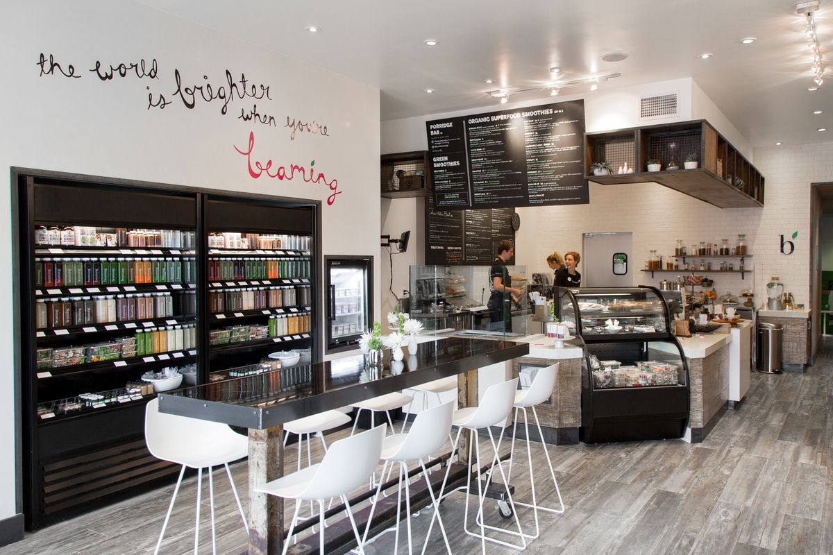 Beaming 39 s superfood mecca unleashes healthy fare in santa for Food bar santa monica