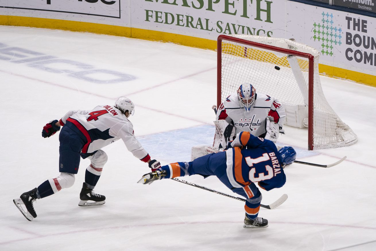 NHL: APR 01 Capitals at Islanders