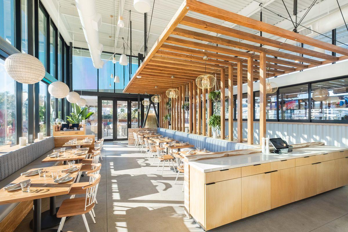 Nhà hàng khug thép với thiết kế mới lạ