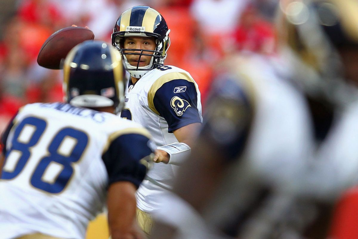 KANSAS CITY, MO - AUGUST 26: Sam Bradford #8 of the St. Louis Rams looks to pass against the Kansas City Chiefs during a pre-season game at Arrowhead Stadium  on August 26, 2011 in Kansas City, Missouri.  (Photo by Dilip Vishwanat/Getty Images)