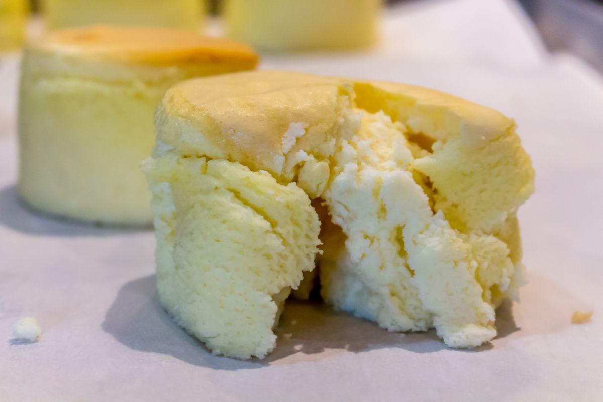 MKNC souffle cheesecake