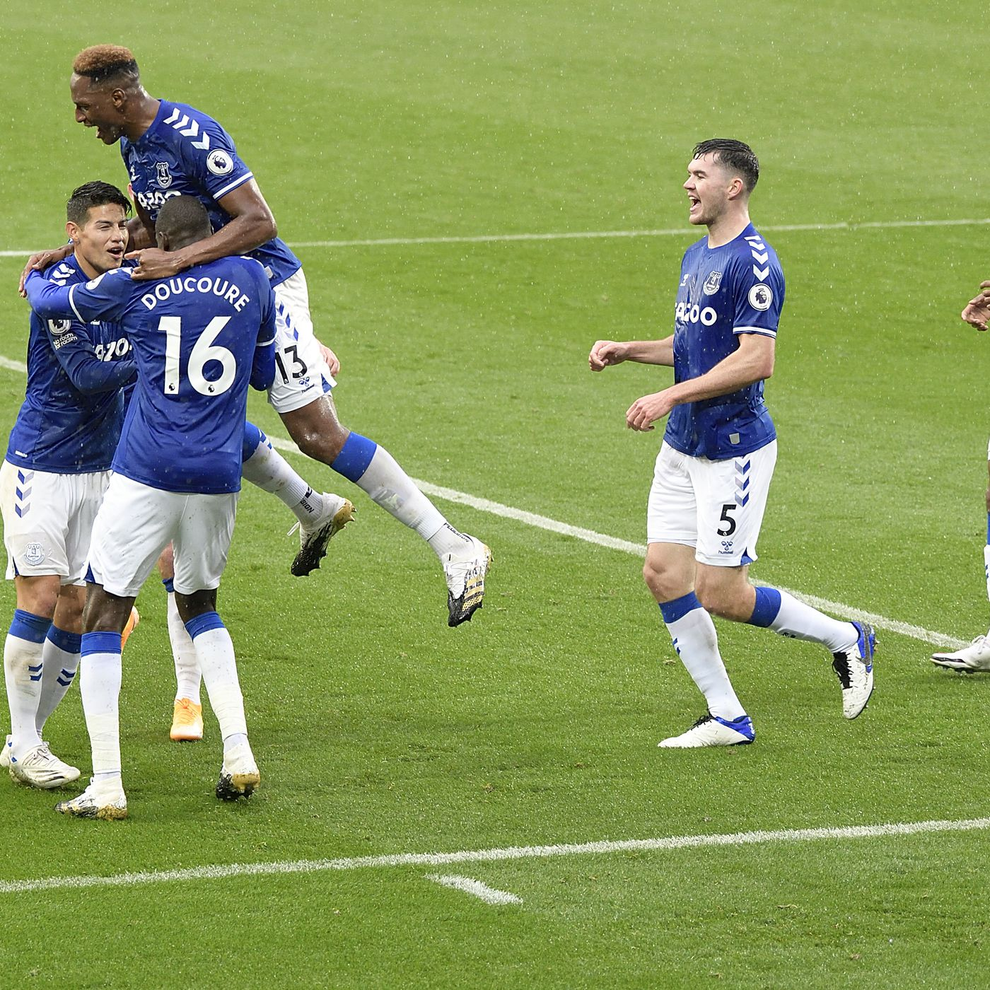 Everton 4 2 Brighton Three Thoughts James Shines Brightest Despite Team Errors Royal Blue Mersey