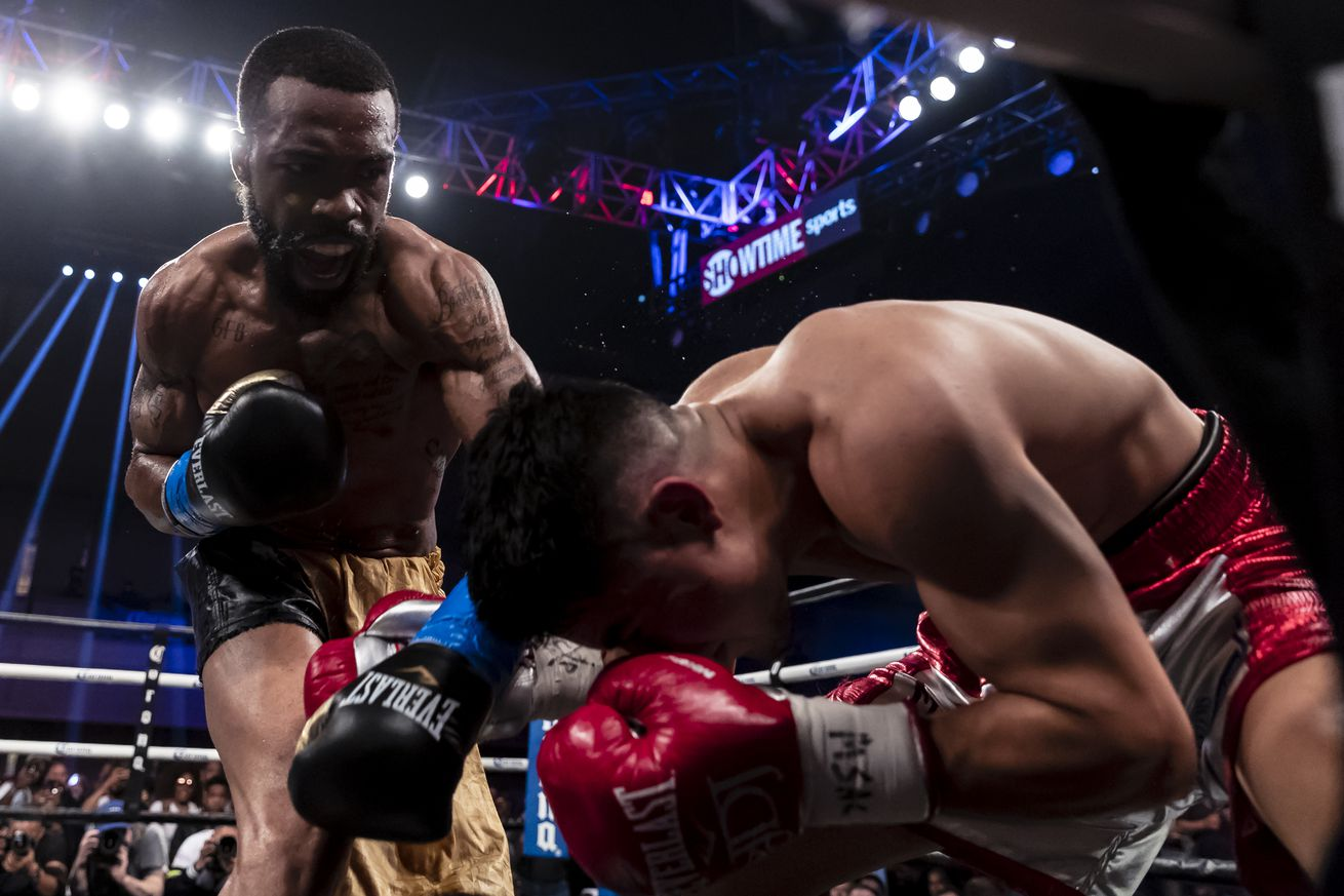 960284700.jpg.0 - Russell Jr.-Martinez in the works for April 27th