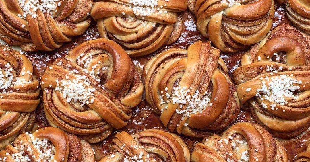 Fabrique's cinnamon buns