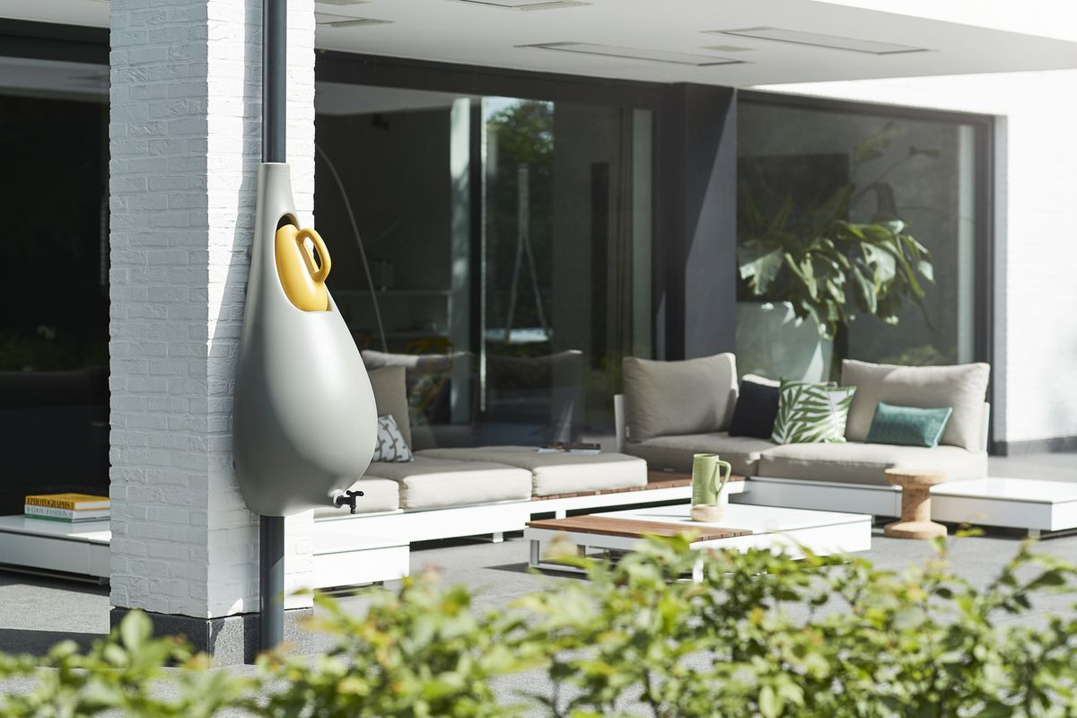 The Raindrop design by StudioBas van der Veer collects rainwater.