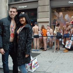 The second couple out, dressed in their new Desigual digs, poses in front of the remaining line.
