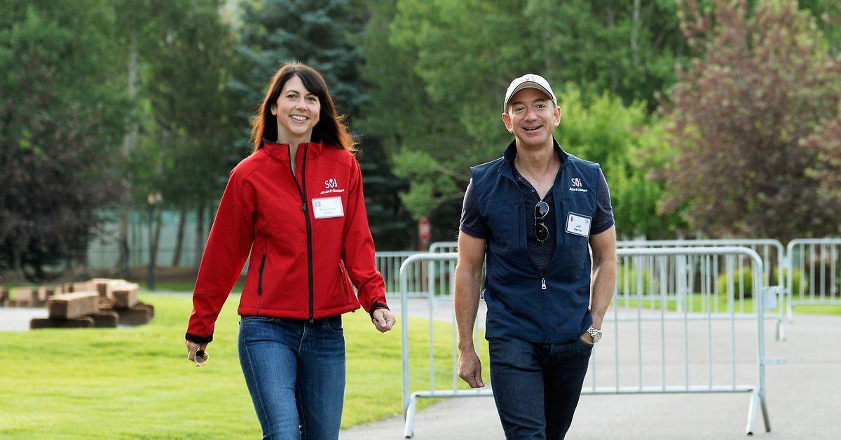 MacKenzie Bezos signs the philanthropic commitment that her