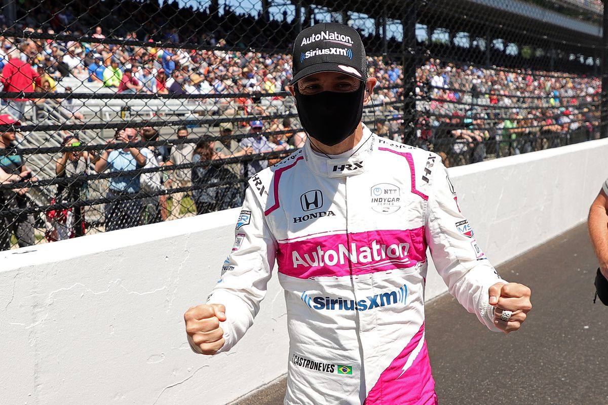 2021 Indy 500 winner: Helio Castroneves wins checkered flag and drinks milk at Indianapolis Motor Speedway - DraftKings Nation