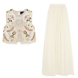 Pair classic tulle with an embellished separate top for a bohemian look that still has plenty of polish.