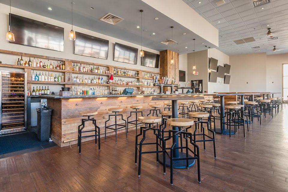Arlington Rooftop VA bar